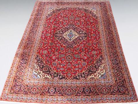 ペルシャ絨毯を買取いたします。